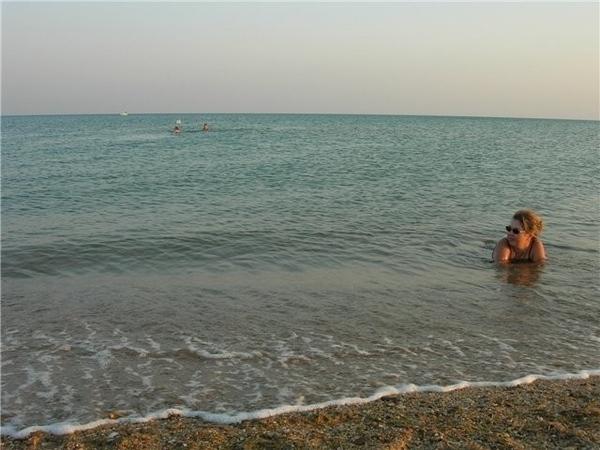 А мы любим отдыхать в поселке Веселовка на Тамани (море - Черное) - 3