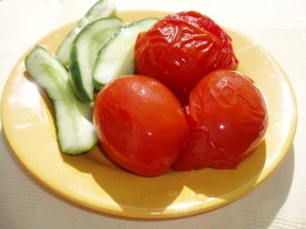 СПАСИБУЛЯ (вот такая она у меня огромая) енотику за маринованные помидорки от ленуся