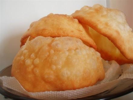 Баурсаки это необычайно хрупкая, татарская выпечка