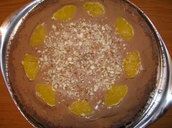Шо коладно-ореховый торт с апельсинами Состав Тесто: 150 г горького шоколада, 150 г слив