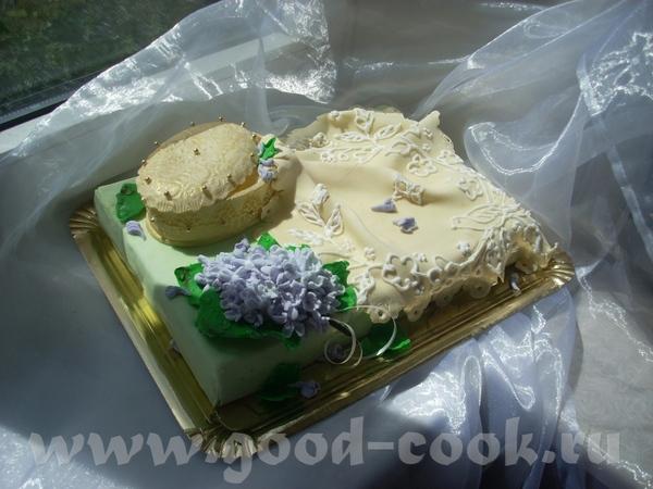 Шкатулка,салфетка и гроздь сирени - 2