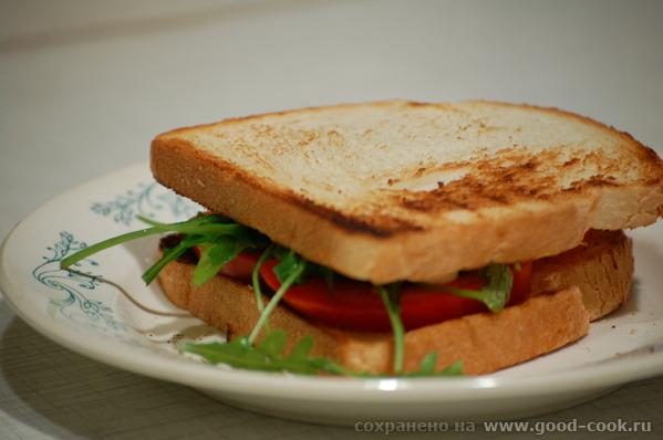 Легкие и вкусные бутерброды в итальянском стиле, на манер брускетты с помидорами