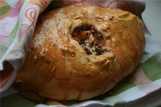 Кулебяка-славный представитель семейства русских пирогов