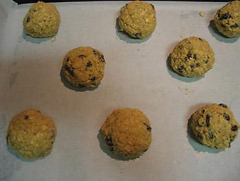 На днях я тут мужа спросила, чего бы он хотел, чтобы я испекла - кексик или печенье - 2