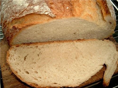 Вкусный белый хлеб, довольно лёгкий и быстрый в приготовлении
