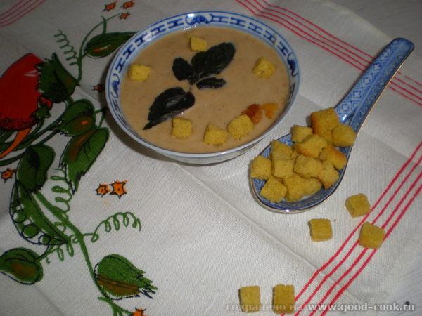 Принесла на обед Крем-суп из лисичек