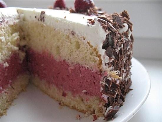 торт с ягодным ассорти для теста 3 яйца,150 г сахара,100 г муки,50 г крахмала,2 ч - 4