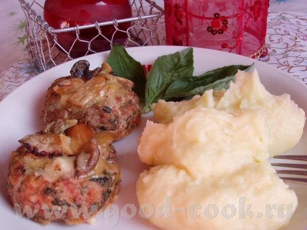 Картофельно-мясные корзиночки,запеченные с грибным соусом На 10 корзинок: 500-600 г любого мясного...