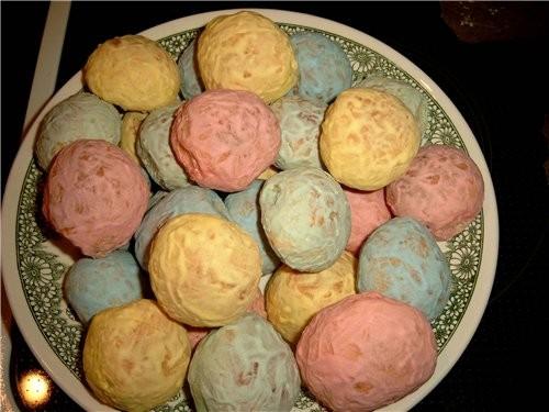 ПРЯНИКИ 3 яйца 0,5 кг сахара 3 банки (по 200г) сметаны 1 ст - 2