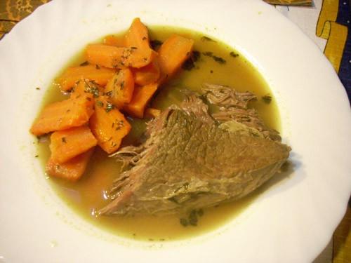 Классический ростбиф Рулеты из телятины под шоколадным соусом Говядина в апельсиновом соусе с морко... - 3