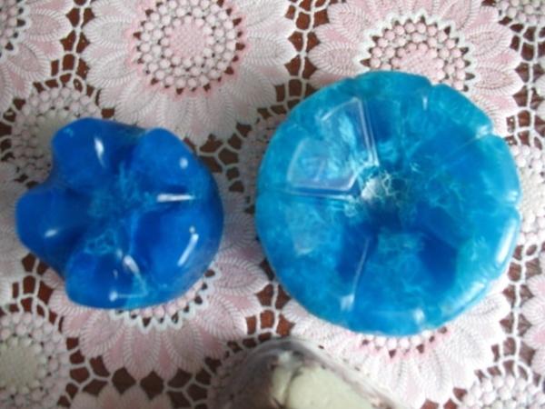 Девочки, я использую различные силиконовые формы для кексов и донышки от пластиковых бутылок типа к...