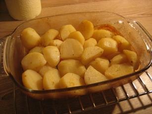 Простая картошка, запечёная в духовке - 4