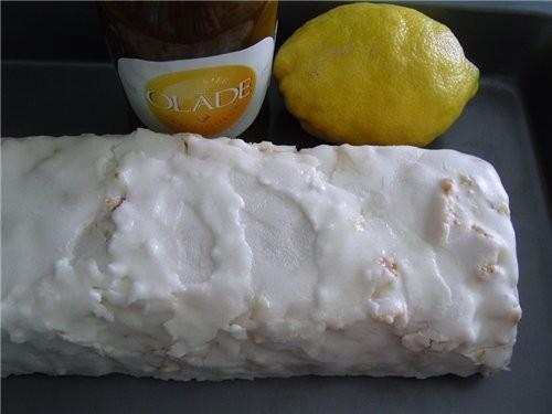 """Яично-лимонный кекс источник: журнал """"Гастрономъ"""", #05 (64), 2007 Что нужно: 280 г муки 2 ст"""