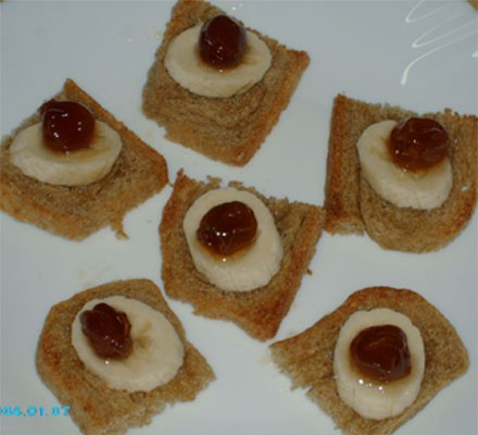 Галочка, позавтракала я по-твоему, сделала маленькие тостики из своего цельнозернового хлеба(сверху...