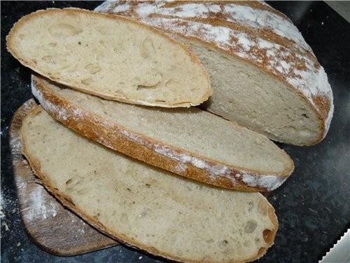 Пышный хлеб с хорошей, не хрустящей корочкой