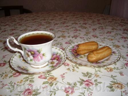А у нас сегодня на праздничный обед был супчик картофельный Отварной язычок с ореховым соусом Тушен... - 5