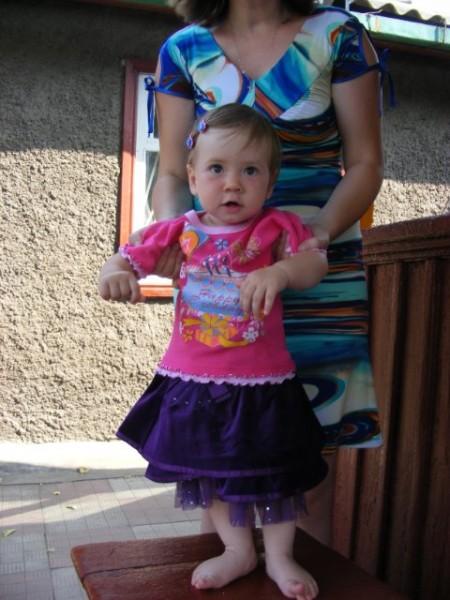 Дочке очень понравилась шелковица - 2