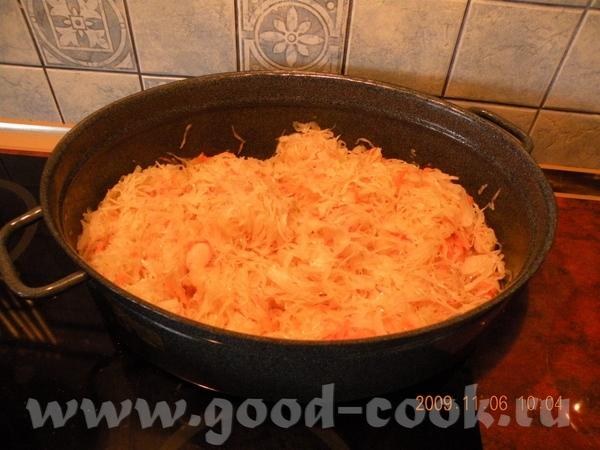 ГОЛЕНКА В КАПУСТЕ Потребуется 6 средних ножек рублен со свинины, капуста кислая, лук ,чеснок припра... - 4