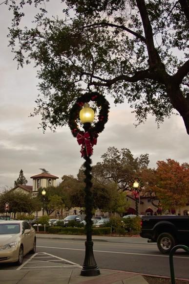 А это уже наш соседний городок, Лос Гатос