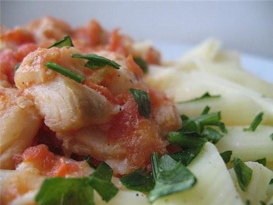 макароны с рыбой в томатном соусе 2 больших помидора,6 ст - 2