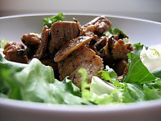 Для этого рецепта мясо специально я не покупала, а использовала полуфабрикат свинина для гуляша-поэ...