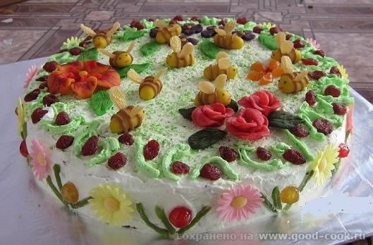 А вот я делала тортики на дочкины дни рождения - 3