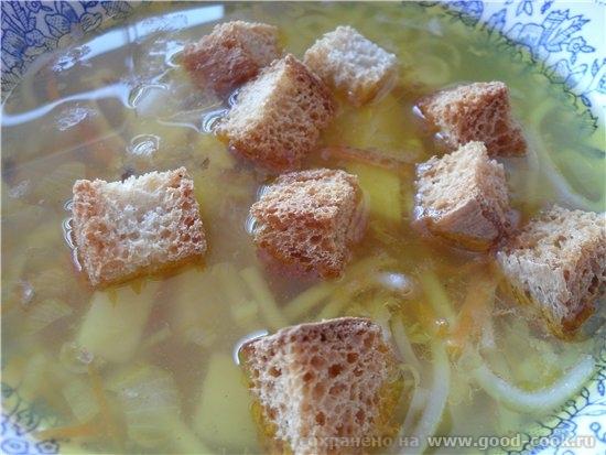 Девочки сегодня кушали все очень легкое Суп картофельный с лапшой куриный бульон (у меня остался по...