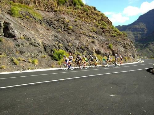 Любители экстрема, могут взять велосипеды напрокат и совершить велосипедные туры