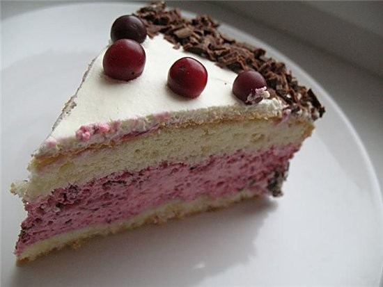 торт с ягодным ассорти для теста 3 яйца,150 г сахара,100 г муки,50 г крахмала,2 ч - 3