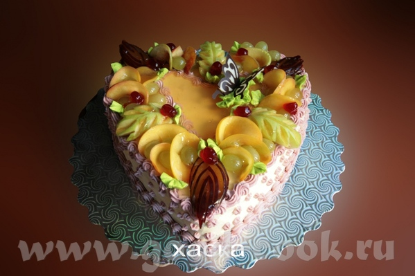 очень понравился торт с осенними листьями