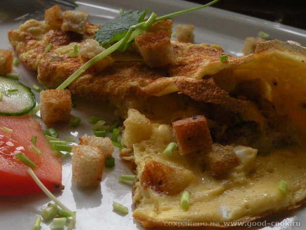 Горячее бутерброды Яишня на копченом сале Одним -Омлет с сухариками Другим- с сосисками - 5