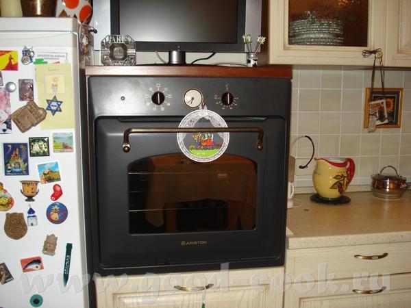 Т.ч. интересно было бы узнать - кому-то удобна именно духовка на рабочей поверхности? Не печь, ни р...