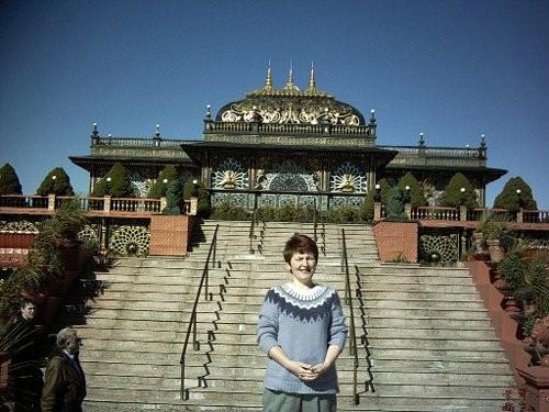В другой день мы с мамой и Джозефом ездили во дворец Кришны - 2