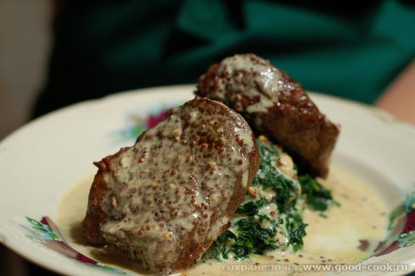 Достаточно традиционное блюдо французской кухни, но все же очень и очень вкусное и небанальное