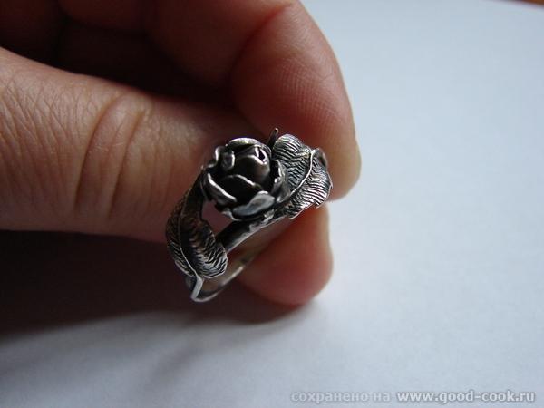 Серебряная розочка - авторская работа Этот наборчик я купила в Велико-Търново в старинной мастерской
