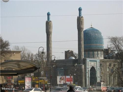 """Около метро """"Горьковская"""" находится здание мечети Здание было построено в 1910-1914 годах на средст..."""