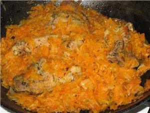 Вот такой ужин получился Мясо для ленивых :wink: Берем кусок свинины, добавляем соль перец (черный...