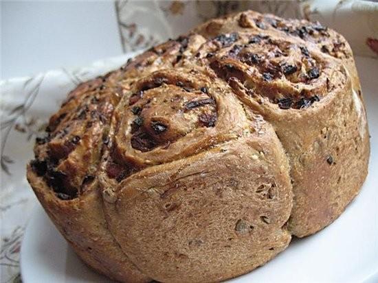 """""""розочки"""" из хлеба с ветчиной 350 г обойной муки из пшеницы(брала обычную белую),150 г ржаной муки,..."""