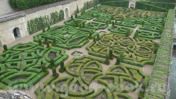 Но самым примечательным в данном замке был сад - 4