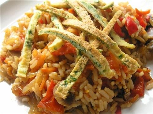 Кантонский рис Рис с тигровыми креветками, овощами и изюмом Рис со свининой по-тайски Плов с овощам...