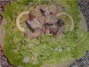 Приготовила, наконец, еду под себя, борщ без капусты и картошки Тунец с китайской капустой - 2