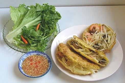 Пироги по-хюэски Город Хюэ – это древняя столица Вьетнама, поэтому кулинарные традиции здесь склады... - 3