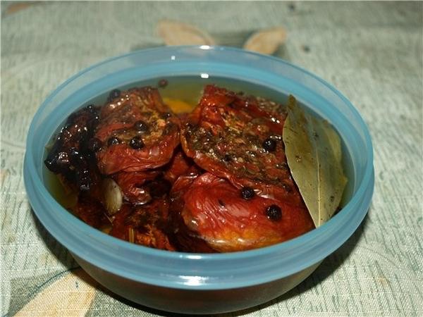 Спешу сказать вам огромное спасибо за рецепт вяленных помидоров, получилось супер (рекомендую делат...