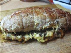 Мясной рулет с черносливом и сыром Ингредиенты: - 500 г свинины (у меня был брусочек задней части)... - 10
