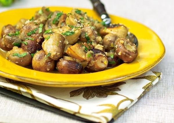 Ragoыt des champignons- Грибное рагу Le Blanc de Loup Belle Mouginoise - Филе морского окуня с овощ...