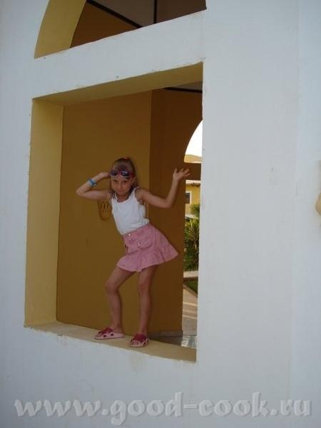 Моя старшая дочка в этом году отдыха по семейной путевке в Хургаде - 2
