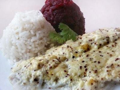 Хочу предложить вчера испробованный рецепт: Рыба с кремовой подливкой 750 г рыбного филе 1 среднего...