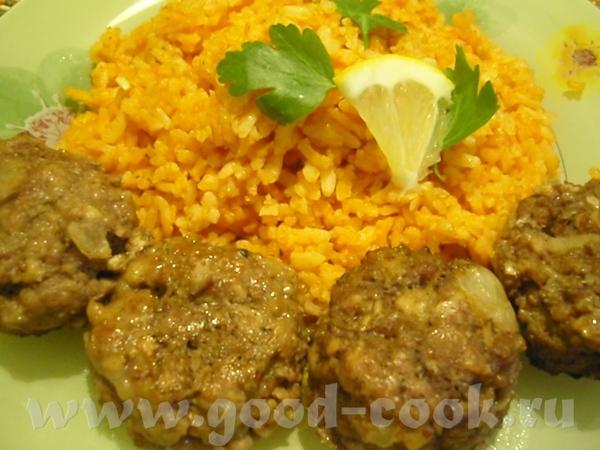 И рис по-мексикански и пикантные котлеты очень пришлись по вкусу