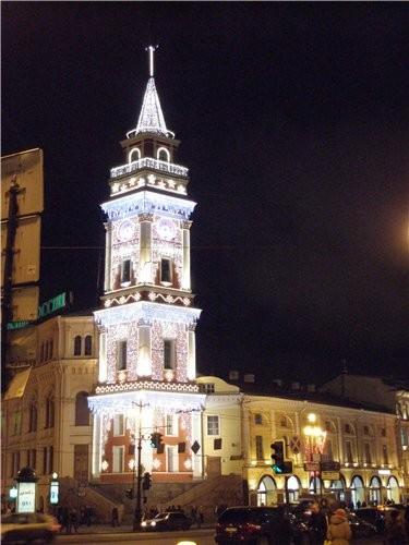 Подходим прямёхонько к одному из самых заметных архитектурных памятников города — сигнальной башне... - 3