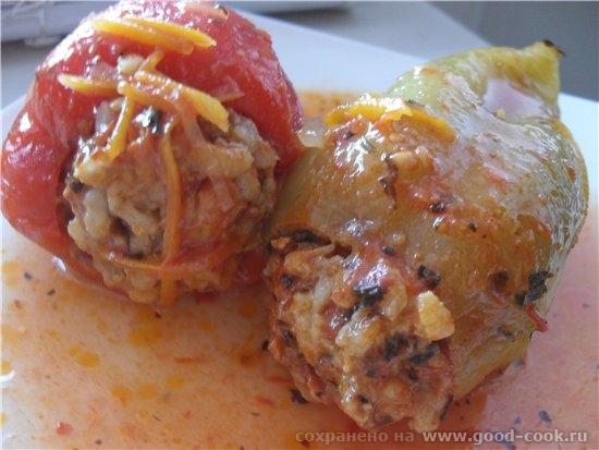 Перец фаршированный -фарш смешанный (говядина+свинина+сало) 500 гр